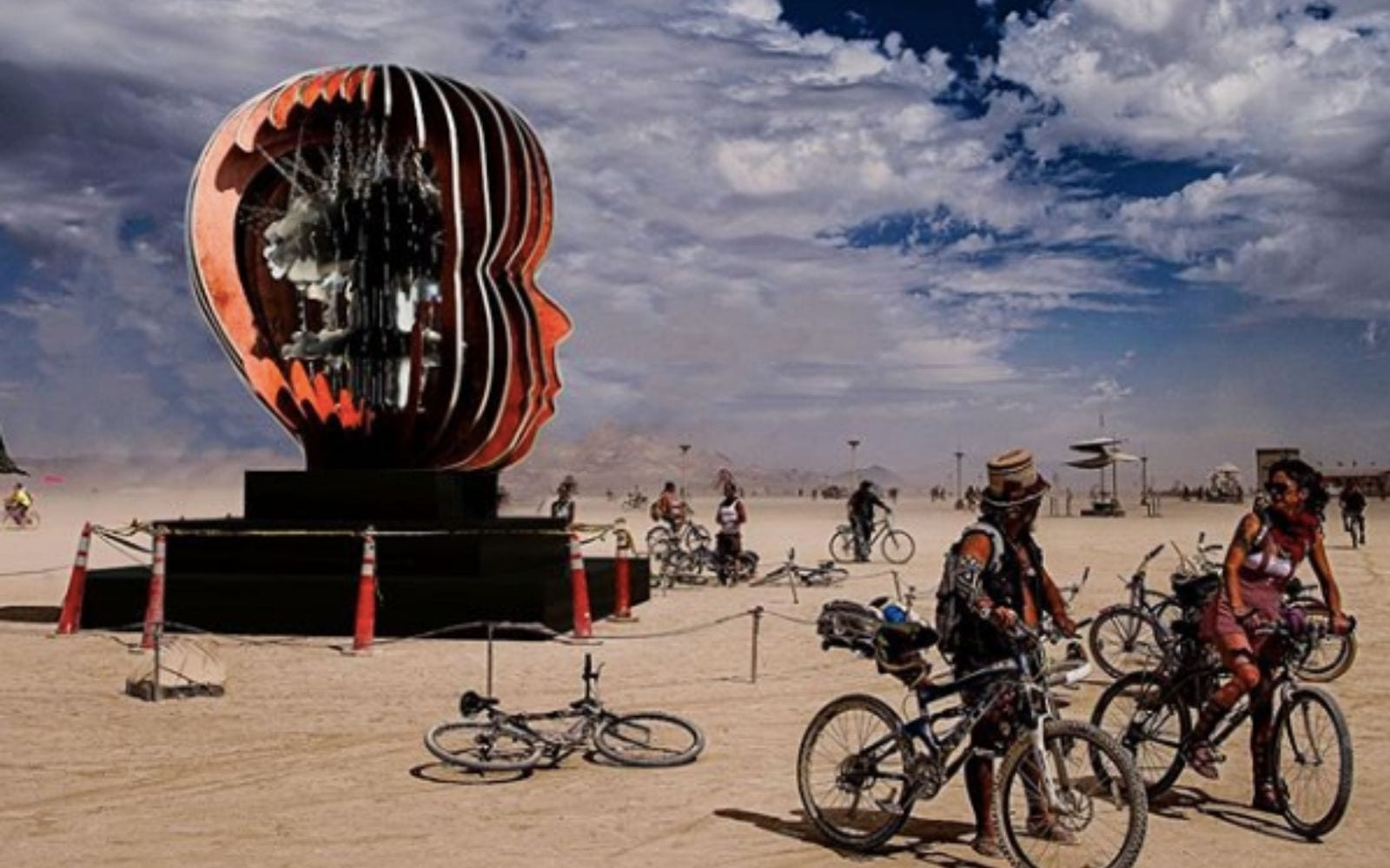 Burning Man ha cancelado la venta general de boletos debido al COVID-19 😞